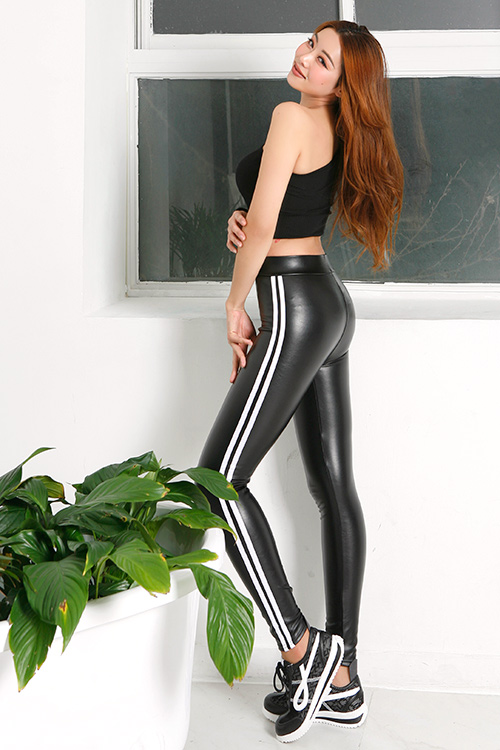 Faux Leather Side Line Leggings